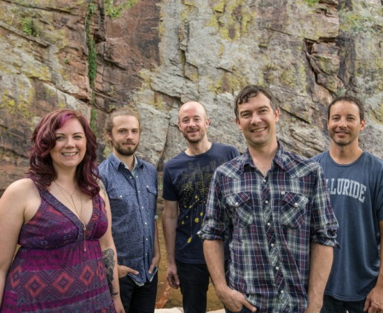 YONDER MOUNTAIN STRING BAND with Horse Feathers